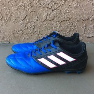 Boys Youth Adidas Messi Soccer Cleats size 5.5